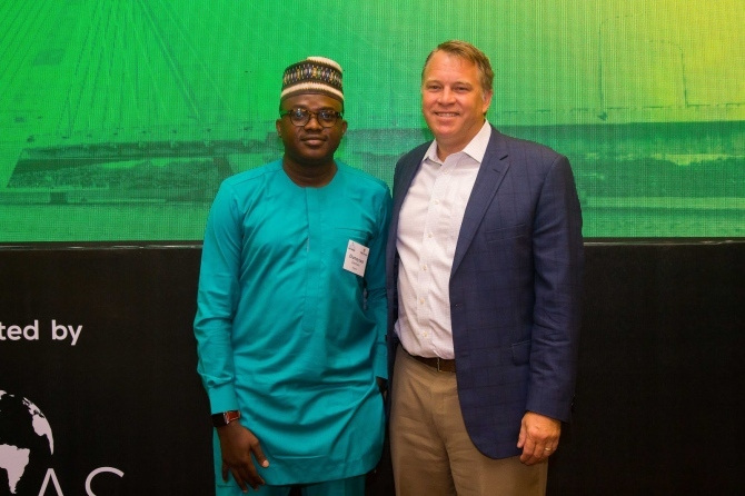 Atlas Network CEO Brad Lips poses for a photo with an attendee of the African Liberty Forum 2018.