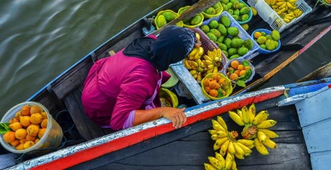 Indonesian food trade stock