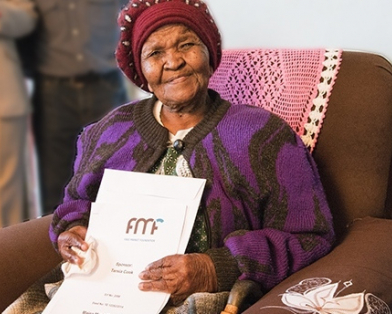 Mrs. Maria Mothupi recently celebrated her 100th birthday, and she was able to do so in her own home for the first time thanks to the Khaya Lam (My House) Land Reform project developed by Atlas Network partner the Free Market Foundation (FMF).